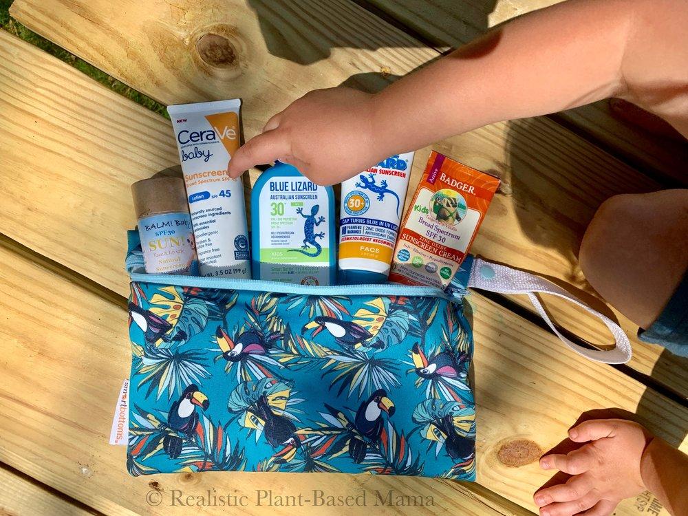 natural sunscreens / plant based sunscreen / realistic plant-based mama